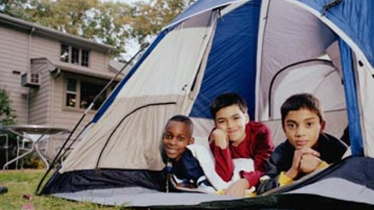 How to Set Up a Backyard Campout