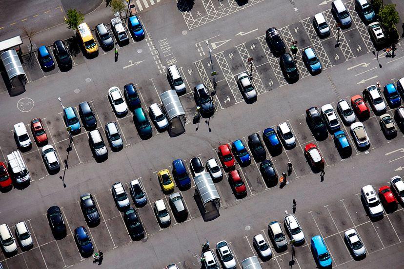 parking log, cars parked