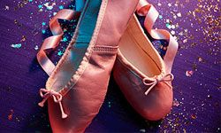 The IT color for ballerina parties? Why pink, of course!