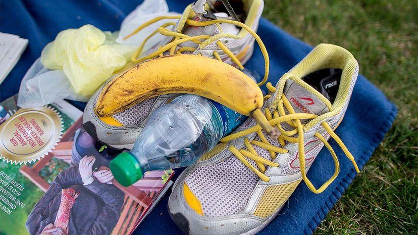 banana, sports drinks