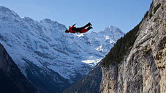 5 Most Popular Spots for BASE Jumping