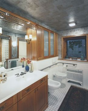 The safety features in this bathroom blend seamlessly with the overall design.