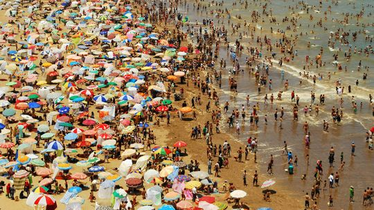 10 Ways to Avoid Being a Beach Bummer
