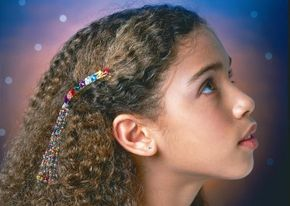 This shooting star barrette is sure to be a favorite.