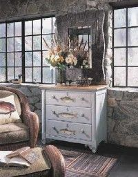 ©Ruder Finn, Inc., Thomasville Furniture                              Try using a stencil to paint                                            designs on your furniture.