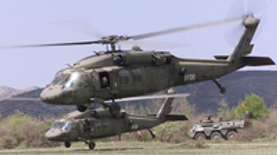 How Black Hawk Helicopters Work
