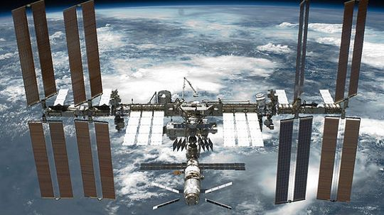 How Space Stations Work