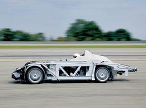 H2R skeleton on the race track