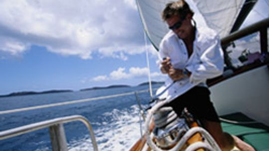 5 Useful Boating Apps for the iPhone