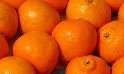 Oranges are rich in folate.
