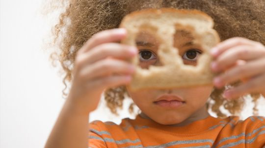 Does eating bread crust give you curly hair?