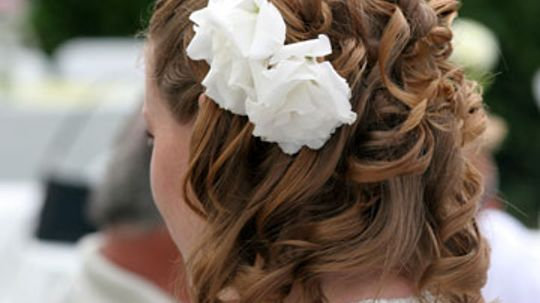 Hair Extensions to Elevate Your Bridal Look