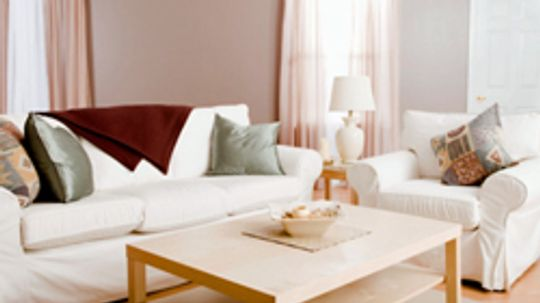 5 Cheap Ways to Brighten up a Room