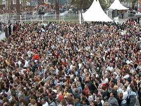 The Festival de Cannes draws an immense crowd.