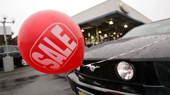 How Car Rebates and Incentives Work