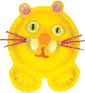 This kitty-cat face craft looks warm and expressive.