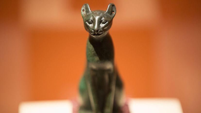 bronze statuette of a cat
