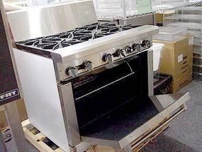 Photo courtesy Joel                              This portable oven enables on-site baking and cooking.