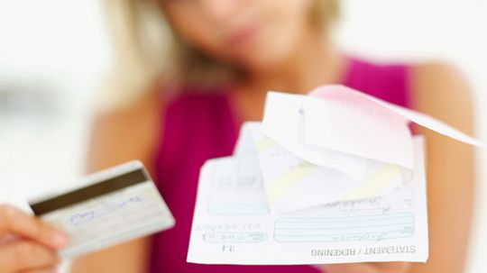 How does a magnetic stripe on the back of a credit card work?