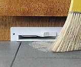 Automatic dustpan