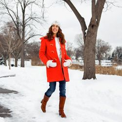 Even if neutrals are all you wear, be sure to infuse a pop of color somewhere -- a coat, shoes, best or purse will do wonders.