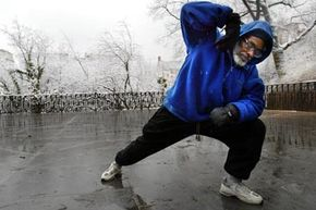 Chirunning combines the principles of tai chi with sound mechanics to lessen the stress placed on runners' bodies.
