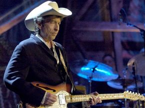 Bob Dylan at Willie Nelson and Friends: Outlaws & Angels