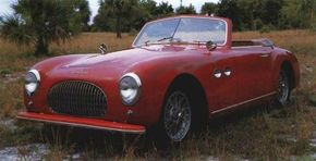 Literal works of art, the Pinin Farina-styled Cisitalia 202 Gran Sport convertible and coupe were scarce new and are even rarer now.