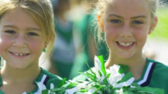 5 Tips for Coaching Pop Warner Cheerleading