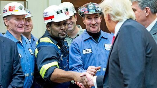 U.S. Politicians Prioritize Coal Mining Jobs Above Other Industries, Despite Data