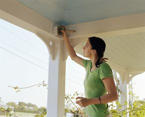 Painting your house white is the safest course to take if you are looking for a fast sale when you house goes on the market.