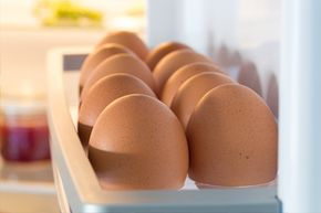 Should you refrigerate your eggs? Inegg-bathing countries, the answer is yes.