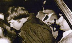 Hinckley in custody after the shootings.
