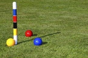 The peg is typically painted to help players keep track of the playing order. Obey the peg.