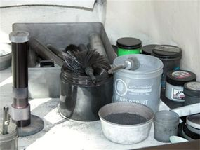 Powders and brushes at the CBI latent-fingerprint lab