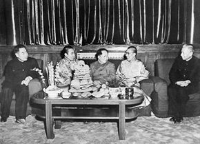 In 1956, the Dalai Lama (second from right) met with Mao Zedong (center), chairman of the People's Republic of China, in an attempt to establish diplomatic relations.