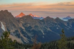 The Cascade Mountains are beautiful but probably don't make for the best landing zone.