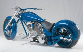 DD Custom Cycles Pro Street's paint job consists of two tones of blue: Pearl Blue and Orient Blue.