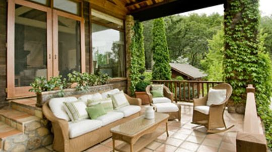 How to Make Your Deck into an Outside Room