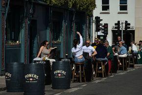 Ireland, pub