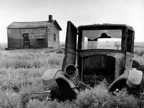 Drought and desertification in the Great Plains states in the 1920s forced many farmers to move from the Dust Bowl to more fertile ground.