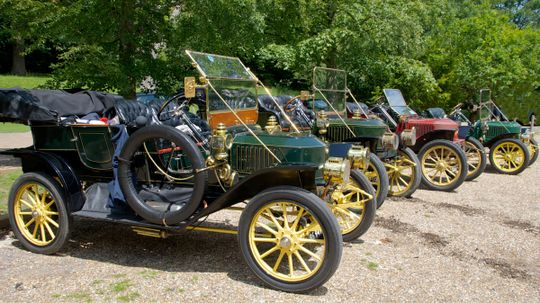 Did cars ever have external combustion engines?