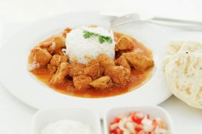 Curry is a pungent food, but whether it causes pungent people remains unproven scientifically.