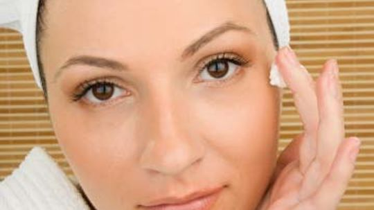 Do you really need a different moisturizer for your eyes?