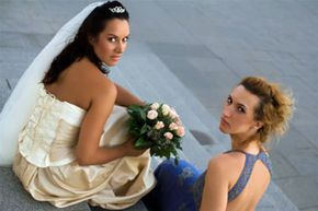 Image Gallery: Modern Brides What uncomfortable bride/MOH conversation did we just interrupt? See pictures of modern brides.