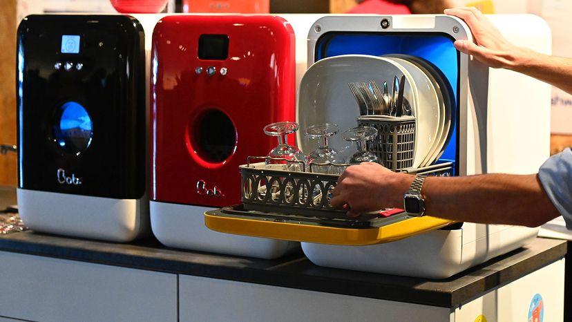 mini-dishwasher and ultraviolet sterilizer