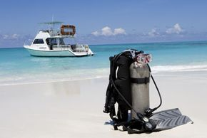 The Divers Alert Network provides insurance for divers' equipment as well as medical insurance plans.