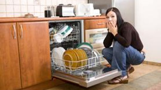 Make Your Own Eco-Friendly Dishwasher Detergent