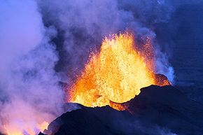 A drone is a way safer bet for catching mesmerizing images of the bubbling Bardarbunga volcano system.
