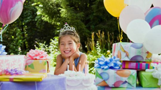 Should I Stay or Should I Go: Etiquette of Dropping Your Kids Off at the Party